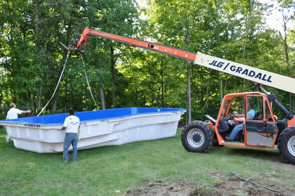 renovating fibreglass pools